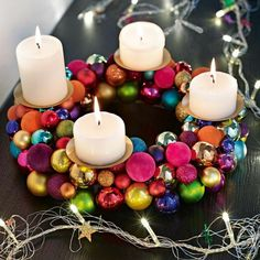 I love a traditional advent wreath, but this is so cute it might be worth trying Christmas Advent Wreath, Winter Christmas, Christmas Holidays, Christmas Crafts, Christmas Balls, Christmas Centerpieces, Xmas Decorations, Diy Decoration, Advent Candles