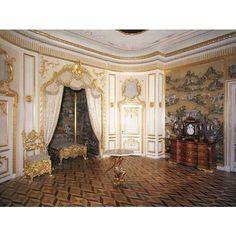 The State Bedroom or the Crown Room ❤ liked on Polyvore featuring home and home decor