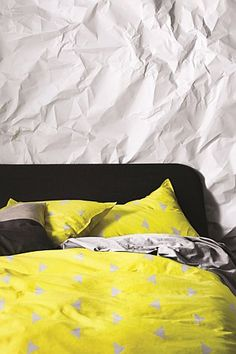 Winter won't seem so cold with this daringly bright duvet cover from Aura. Queen Bed Quilts, Childrens Bed Linen, Yellow Quilts, Yellow Duvet, Yellow Interior, New Beds, Duvet Sets, Quilt Cover, Linen Bedding