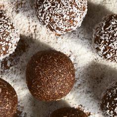 Raw Cacao Truffles