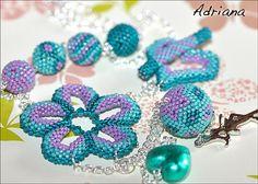 AdrianaS / šitý náhrdelník