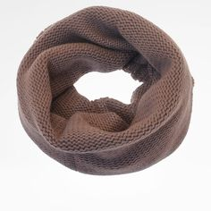 Snood in cashmere. Tubular, wide design, slip-on styling.