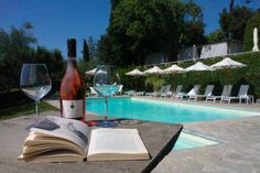 #Wine #goodbook #pool #poolservice #drink #drinking #tuscany #toscana #relax #italy #italia