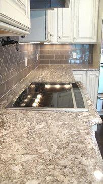 Best backsplash for bianco antico granite countertops for Granito blanco antico