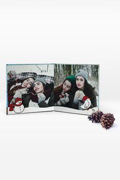 Machen Sie Ihren Liebsten dieses Jahr doch eine ganz besondere Freude und überraschen Sie Freunde und Familie mit einem individuell gestalteten Fotobuch. Wir schenken Ihnen nur bis 16. Dezember 2018 30 % auf alle Premium Fotobücher sowie das Fotoheft! Polaroid Film, Movies, Movie Posters, Pictures, Photo Calendar, December, Glee, Christmas, Films