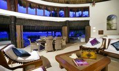 Luxurious ocean front home in Puerto Aventuras