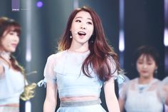 Have I mentioned lately that I love Yeonjung because I LOVE YEONJUNG