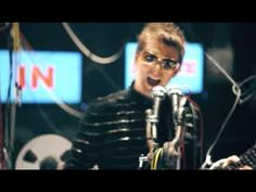 Muse - Undisclosed Desires - YouTube
