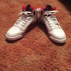 •AIR JORDAN •AIR JORDAN. SIZE 6Y IN BOYS. IN GOOD CONDITION Air Jordan Shoes Athletic Shoes