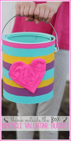 So cute! DIY Valentine's Upcycle Bucket from SugarBeeCrafts.com // Perfect for collecting cards at school this Valentine's Day!