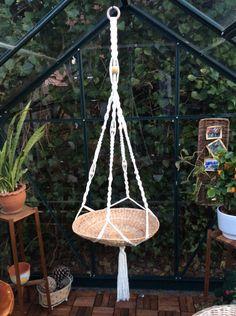 Deko-Objekte - Makramee Ampel für große Blumenschalen - ein Designerstück von Lotti-Geli bei DaWanda