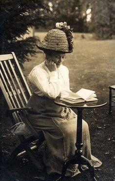 41 Fantastic Photos Document Everyday Life of People during Edwardian Time