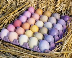 Naturally dyed Easter eggs | ChicagoParent.com #Easter