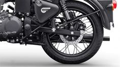 Official Photo Gallery of Royal Enfield Classic 500 Stealth Black Classic 350 Royal Enfield, Enfield Classic, Brown Paint Schemes, Bullet Bike Royal Enfield, Royal Enfield Modified, Bike Photo, Actor Picture, Anime Love Couple, Cute Love Songs