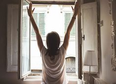 11 Morning Routine Hacks to Get You Out the Door Faster | Your best morning will ensure your best day.