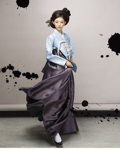 traditional hanbok with headpiece. : traditional hanbok with headpiece. Korean Traditional Clothes, Traditional Fashion, Traditional Dresses, Ethnic Fashion, Asian Fashion, 90s Fashion, Fashion Dresses, Fashion Hats, Fashion Accessories