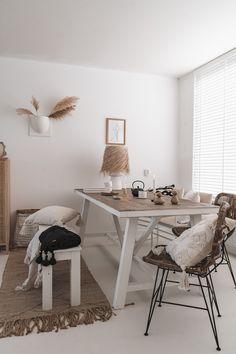 Pale Orange, Dining Room Design, Home Decor Inspiration, Kitchen Dining, Table, Neutral, Minimalist, Living Room, Lifestyle
