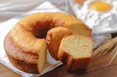 Aprende a preparar torta esponjosa con esta rica y fácil receta. En un bol colocar y mezclar todos los ingredientes secos. Mejor si los tamizas previamente. A...