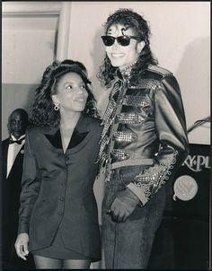 Michael Jackson & Stephanie Mills, September 14 1990. Look how she is…