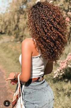 40 Loose Curly Natural Hairstyle Ideas 4 – Style FemaleYou can find Naturally curly and more on our Loose Curly Natural Hairstyle Ideas 4 – Style Female Curly Hair Styles, Curly Hair With Bangs, Colored Curly Hair, Wavy Hair, Hairstyles With Bangs, Dyed Hair, Cool Hairstyles, Natural Hair Styles, Hairstyle Ideas