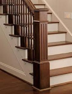 Wooden Staircase Railing, Stair Railing Design, Home Stairs Design, Wooden Stairs, Craftsman Staircase, Bannister, Stair Newel Post, Stair Posts, Newel Posts