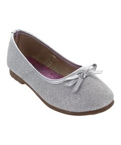 Silver bow flat on Zulily.
