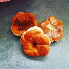 طريقة تحضير دونات الزهرة بخطوات التشكيلة Baked Donuts Food Baking