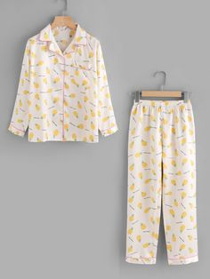 Shop Pineapple Allover Print Top And Pants online. SheIn offers Pineapple Allover Print Top And Pants & more to fit your fashionable needs. Cute Pajama Sets, Cute Pjs, Cute Pajamas, Girls Pajamas, Cute Lazy Outfits, Girl Outfits, Fashion Outfits, Cute Sleepwear, Sleepwear Women