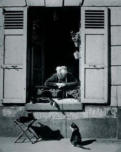 Woman and cats. Paris. 1946. Photographer: Brassaï