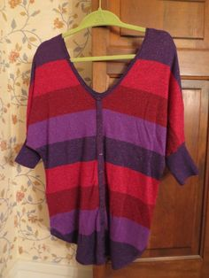 EXPRESS Shimmer Metallic Sweater Colorblock Striped Red Purple M 3/4Sleeve VNeck #Express #Sweater