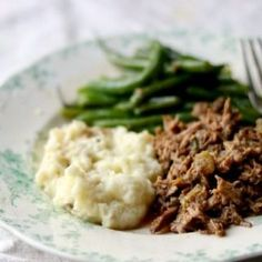 You'll love this tender low carb slow cooker pot roast! From lowcarb-ology.com
