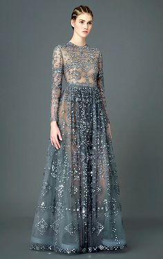 Valentino Pre-Fall 2015 love all of this, except where the circles fall on the lace bodice. give the illusion of 'droopiness'.
