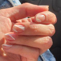 Summer Nails, Pink, Beauty, Enamel, Trends, Summery Nails, Summer Nail Art, Pink Hair, Beauty Illustration