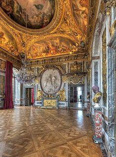 War room, Versailles flickr.com