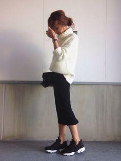 大人の女性に合わせて欲しい、綺麗めスニーカー! MINE(マイン) ファッション動画マガジン