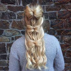 """Bente-Helen on Instagram: """"Day 9 of #flettemammacalendar2 and the theme is mermaidbraid. We experimented and made a mermaid-fishtail-bow combo ~~~~~~~~~~~~~~~~~~~~~~~~~~~~~~~~~~~~~~~~ ; Luke 9 i #flettemammacalendar og dagens tema er havfrueflette. Vi eksperimenterte og endte opp med en havfrue-fiskebeins-sløyfe variant. #rapunzelofsweden"""""""