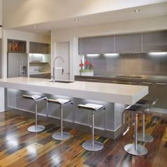 Grey White Idea With Silver Touch For Contemporary Kitchen Design Idea , Grey and White Kitchens Enhancing The Elegant Cooking Space In Kitchen Category