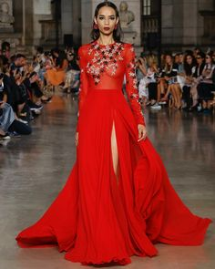 Sheer. Flowing. Bejeweled. This is Haute Couture perfection!#hautecouture #hc #fw #fw1718 #pfw #georgeshobeika