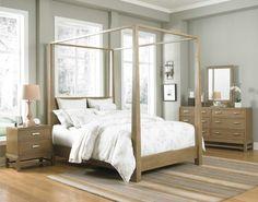 estupenda cama con dosel de madera