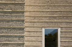 """Un nuevo término trata de poner nombre a una tendencia común en la arquitectura internacional. Se trata del """"greenwashing"""" de los edificios, que como su nombre indica consiste en enfatizar aquéllos sistemas """"verdes"""" del edificio para dotarlo de una apariencia sostenible ocultando un diseño que en muchas ocasiones se realiza de forma convencional. Lee la historia completa en…"""