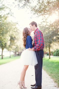 What better occasion than your engagement shoot for an adorable tulle skirt?!