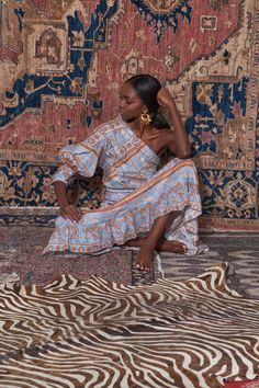 4f5f8b85f80171 Sydney Le Fever · Basics   Novelty · Johanna Ortiz Pre-Fall 2019 Collection  - Vogue African Fashion