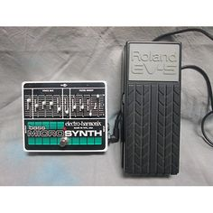 Electro-Harmonix Bass Micro Synth Analog Man Mod With Roland EV5 Bass Effect Pedal