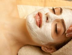 Need an organic facial? We use organic skin care products in the facial spa including - deep cleansing back treatment and clear skin system. Book your custom facial today.