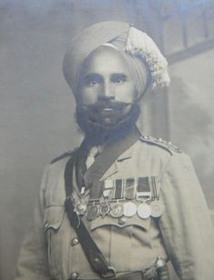 Sikh Soldier with Medals - Uk History, History Of India, British Indian, British Army, Mark Twain, Jaisalmer, Udaipur, Colonial India, War Medals
