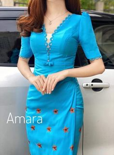 Myanmar Traditional Dress, Traditional Dresses, Dress Neck Designs, Blouse Designs, Myanmar Dress Design, Classy Dress, Skirt Outfits, Designer Dresses, Kebaya