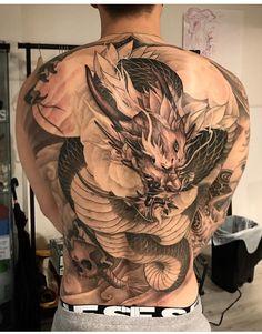 Dragon... Dragon Oriental, Body Art Tattoos, Sleeve Tattoos, Ink Tattoos, Japanese Back Tattoo, Japanese Dragon Tattoos, Dragon Tattoo Back, Asian Dragon Tattoo, Tattoo Toronto