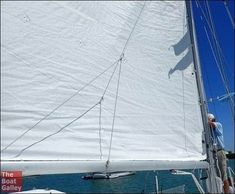 Easy DIY: A quick bit of rigging makes it so that battens don't catch on lazy jacks when raising the main. Step-by-step instructions with photos. Sailing Terms, Sailing Ships, Boating Tips, Sailboat Interior, Small Sailboats, Boat Projects, Boat Plans, Catamaran, Step By Step Instructions