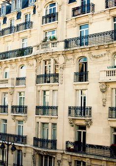 My favorite part about Paris.  | ♕ | Haussmann-style Paris Apartment | by/via fromme-toyou