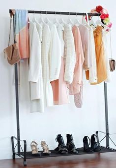 I organize by activity--but I'm open to new ideas! 40 dream closets - easy ways to style and organize your closet Master Closet, Closet Bedroom, Bedroom Decor, Bedroom Inspo, Bedroom Ideas, Ideas Armario, Dream Closets, Neat And Tidy, Closet Designs